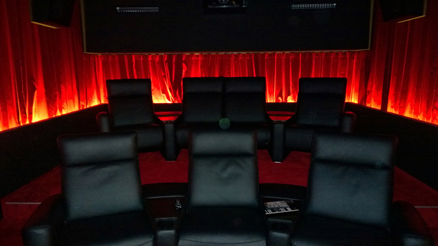 Seats Red Velvet web.jpg
